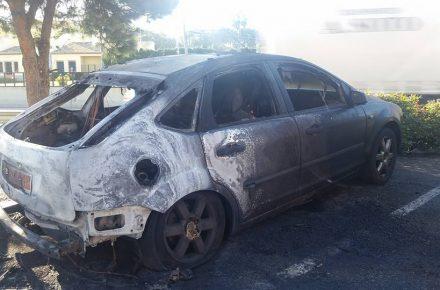 Coche Zoco quemado